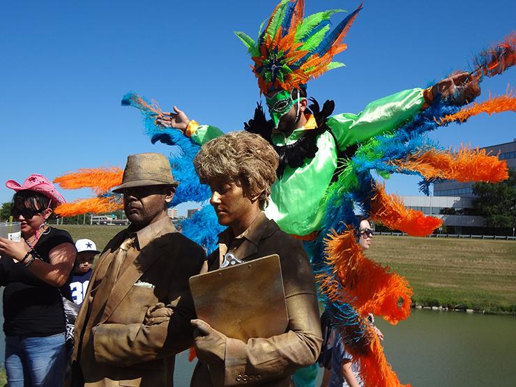 bird-statues