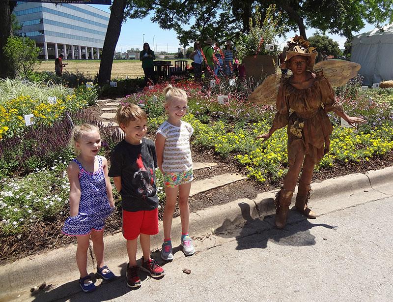 statue-fairy-kids