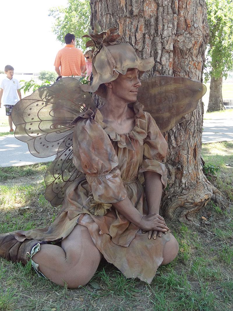 statue-fairy-tree
