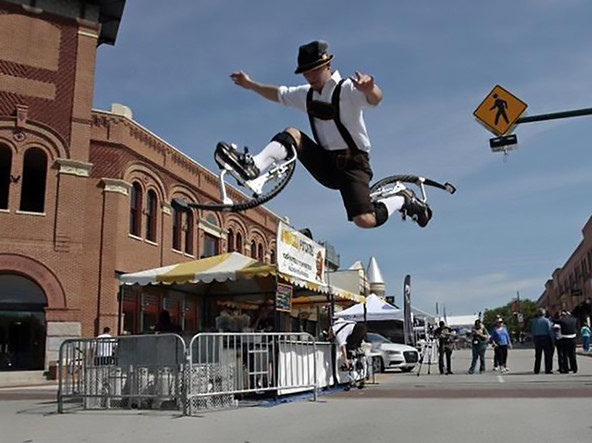 stilts-lendon-jumping1
