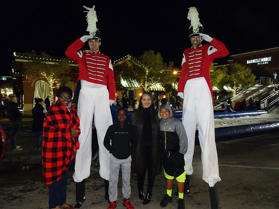 stilts-soldiers