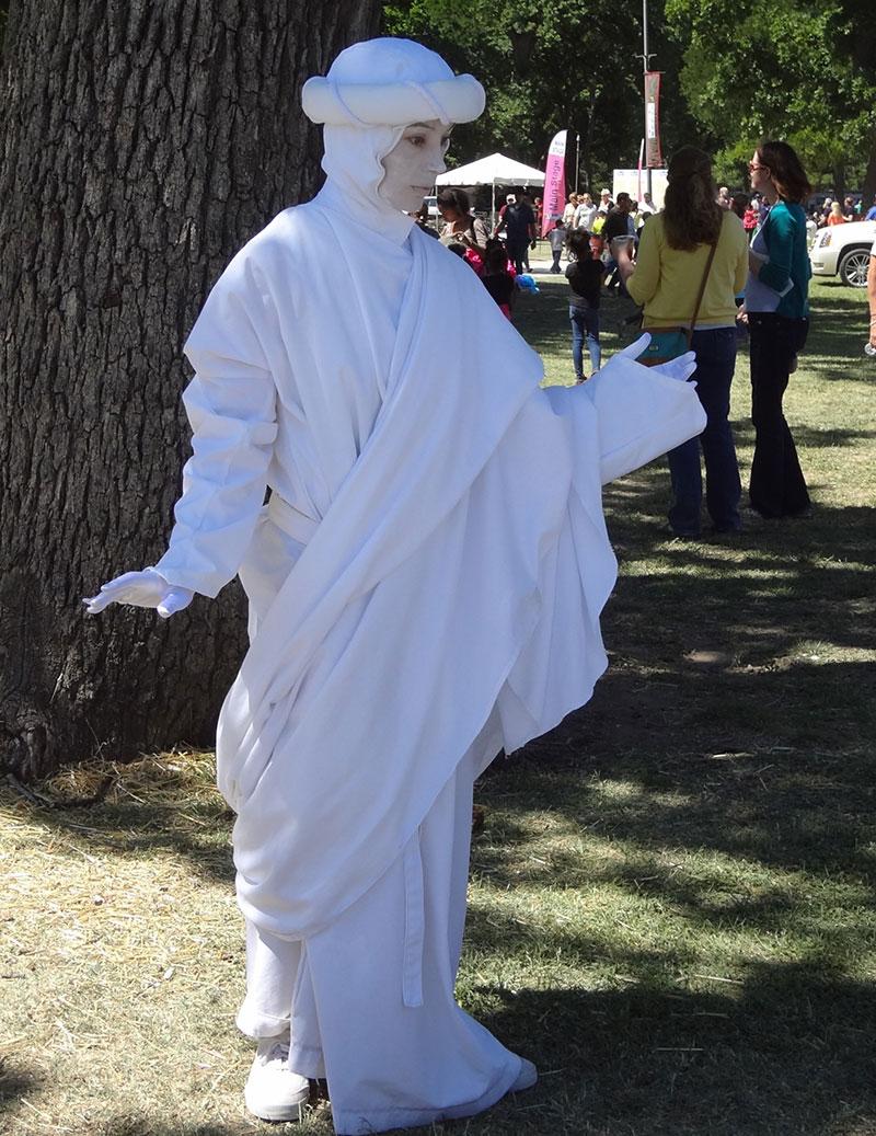 white-statue-tree