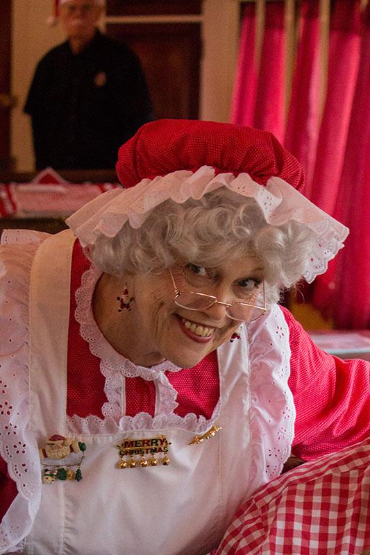 Mrs Claus Elaine